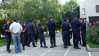 200 полицаи погнаха телефонните измамници в Г. Оряховица