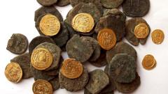 Арестуваха двама за контрабанда на артефакти
