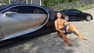 Какви коли кара Кристиано Роналдо