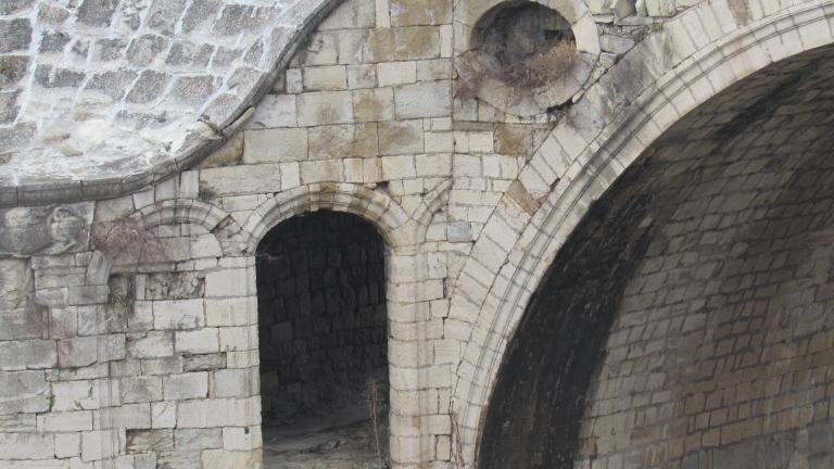 В Дряново не знаят кой е бетонирал моста на Колю Фичето