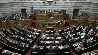 Парламентът в Гърция дебатира споразумението на Ципрас с църквата