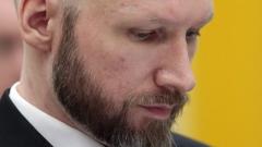 Изолацията в затвора радикализирала още повече масовия убиец Брайвик