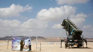 """Изстреляха 3 ракети от Газа към Израел, """"Железен купол"""" прихвана две"""