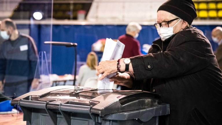 В Нидерландия започна тридневно гласуване на парламентарни избори, които са