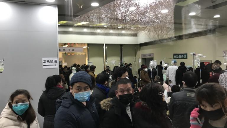 Властите в Китай са забранили пътуванията от още два града,