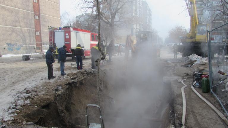 Авария остави целия град Русе без парно, съобщава БНТ. Засегнати