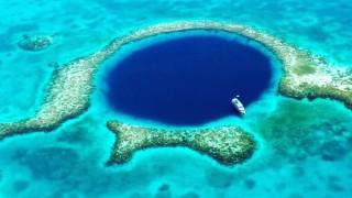 Какво откри Ричард Брансън на дъното на Великата синя дупка