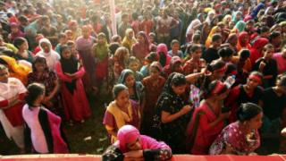 Двама души загинаха при протести в Бангладеш