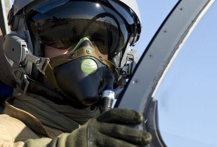 НАТО започна морска блокада на Либия