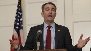 Губернаторът на Вирджиния отказа да подаде оставка