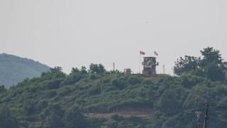 Войници от Северна Корея са забелязани в демилитаризираната зона
