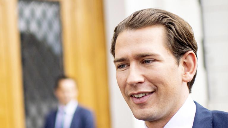 Австрийската народна партия на канцлера Себастиан Курц увеличава подкрепата си,