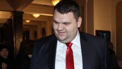 Искам пълна публичност за КТБ, обяви Пеевски в парламента