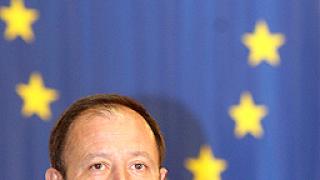 Миков: Прекалиха със сценариите за етническото противопоставяне