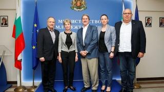 Международната тенис федерация отпуска субсидия от 50 000 долара на Виктория Томова