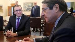 Лидерите на разединен Кипър подновяват преговорите през януари