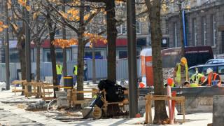 """Връщат книжния пазар на столичния площад """"Славейков"""" с щандове за около 300 000 лв."""