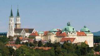Българска изложба в манастир предизвика възторг в Австрия