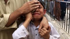 Десетки убити и 100 ранени при атентат в Пакистан