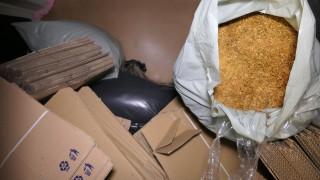 Хванаха 120 кг нелегален тютюн, изпращан по куриери