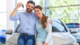Румъния плаща на гражданите си, за да карат нови коли