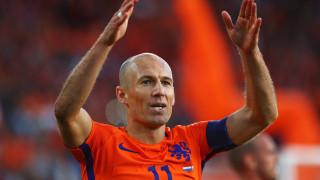 Робен: Ван Дайк е страхотен футболист, но не знам дали е защитник номер едно в света
