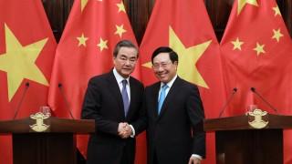 Китай и Виетнам призовават за уреждане на споровете в Южнокитайско море