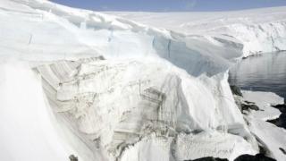 Според НАСА ледът в Антарктида се увеличава
