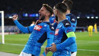 Милан изненадващо печели битката за подписа на Мертенс