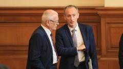 Повече пари за учителите в проблемните училища обеща Вълчев