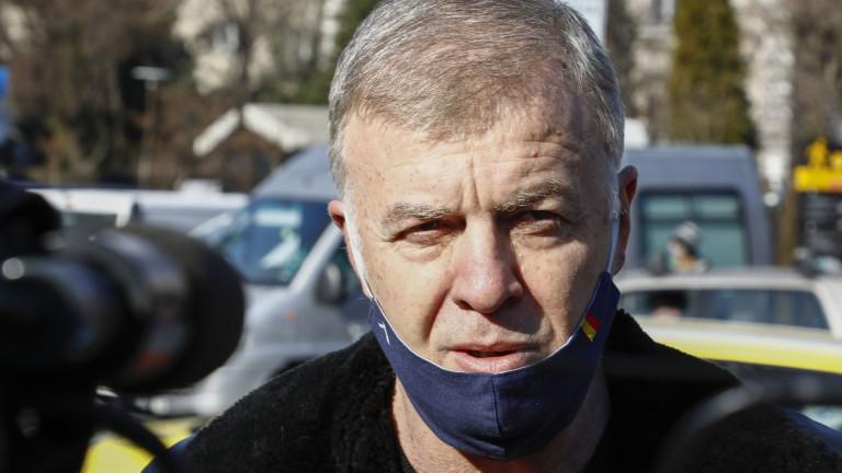Наско Сираков увери, че Левски ще продължи участието си в efbet Лига