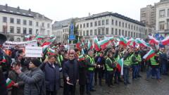 Желязков: Несигурна ситуация, маневрите продължават