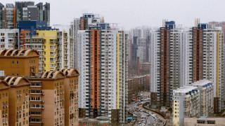 Китайски строителен гигант пуска промоция на евтини жилища. Какво цели?