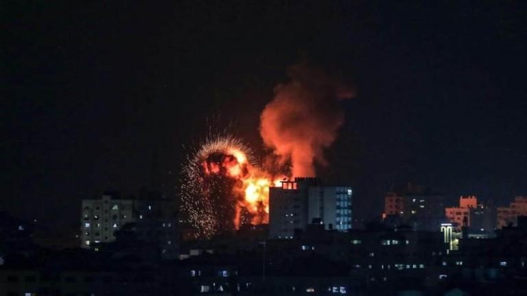 Израелската армия съобщи, че повече от 160 ракети са изстреляни
