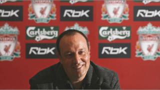 Роби Фаулър остава в Ливърпул още един сезон