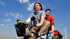 """""""Светът е голям..."""" на Командарев продължава към Оскарите"""
