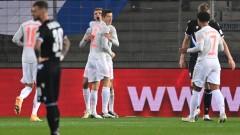 Байерн пак громи, Левандовски и Мюлер с по два гола на сметката си