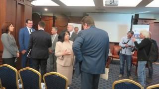 Петкова: Ако продажбата на ЧЕЗ не се получи, започват преговори с втория кандидат