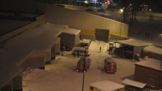Снегът срути покрив на хипермаркет в Русия, 1 загинал