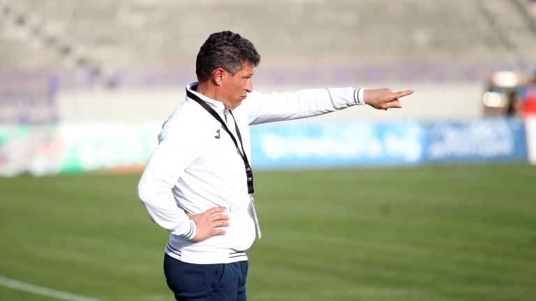 Красимир Балъков: Етър ще вземе поне точка от гостуването на Локомотив (Пловдив)