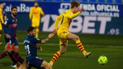 Уеска - Барселона 0:1, Де Йонг бележи!