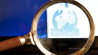 """Съветник на Тръмп търсил имейли на """"Уикилийкс"""" чрез съюзник на Фараж"""