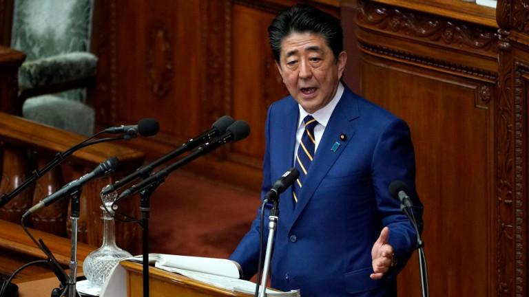 Японският премиер заяви, че страната му ще сформира космическо отбранително