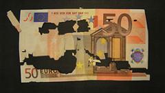 Еврото се срина до 11-годишно дъно след решенията на ЕЦБ