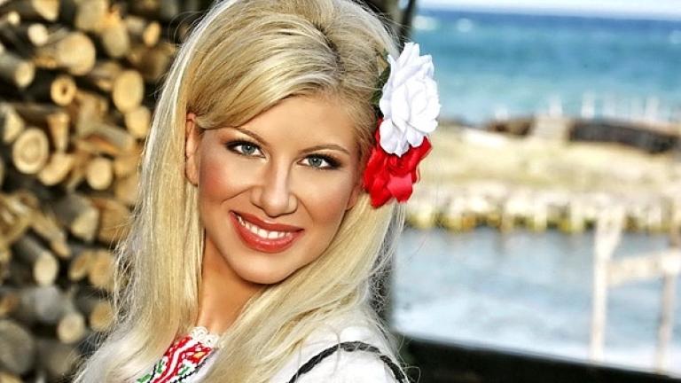Нелина започва годината с народни песни