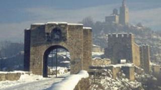 Повече от 120 населени места без ток в Търновско