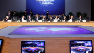 """Г-20 """"имунизира"""" МВФ срещу кризата"""