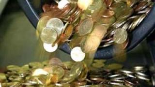 30% по-малък бюджетен излишък за февруари