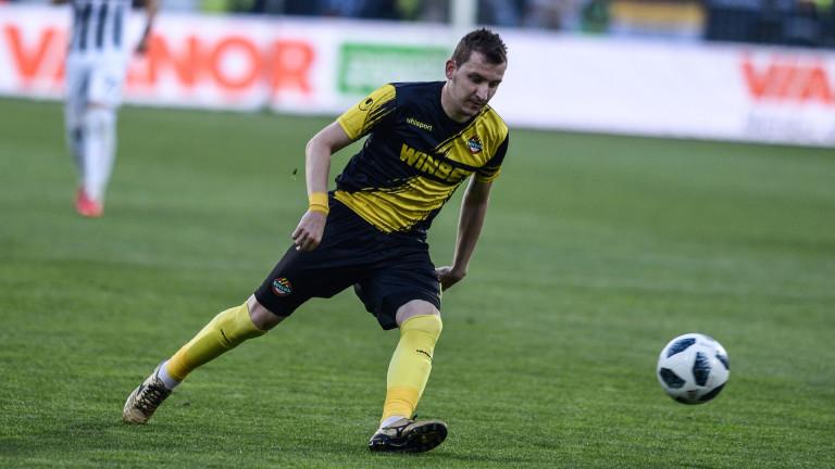 Турски гранд се отказва от Тодор Неделев, взима бивш играч на Левски