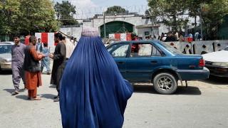 Талибаните предупредиха за последствия след 31 август, ако има още чужди войски в Кабул